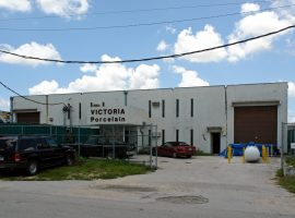 Free-standing Warehouse for Sale Near Doral